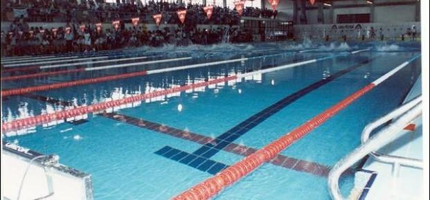 Taxi y piscina olimpica for Temperatura piscina climatizada